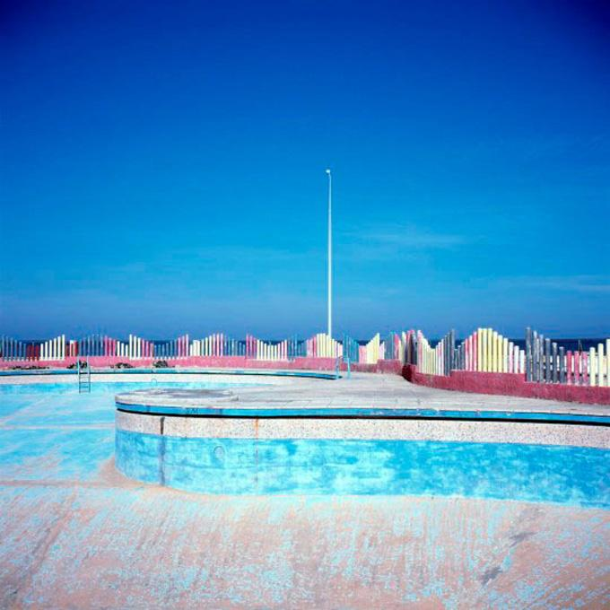 Empty Pool #2, 2007
